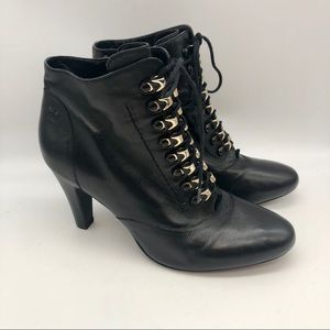 Gerry Weber Black Leather Victorian Style Booties